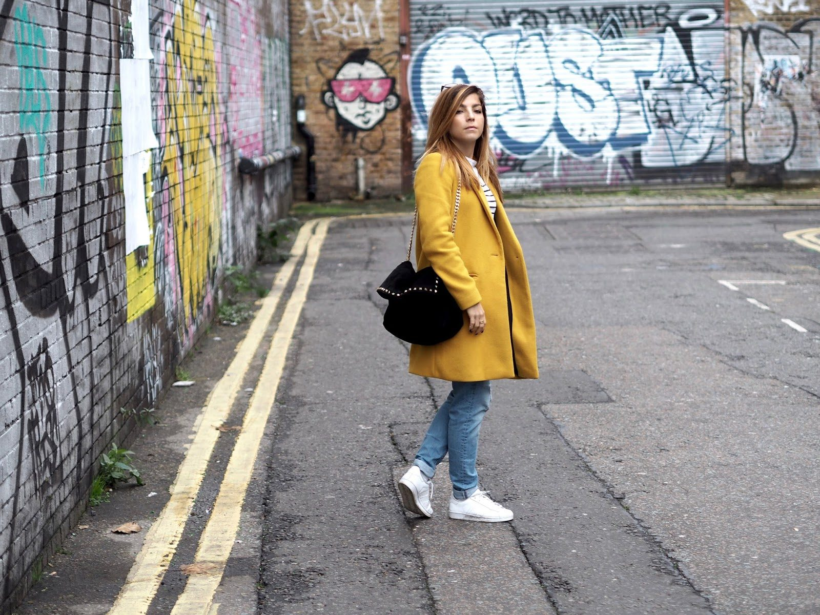LONDON / OUTFIT 1